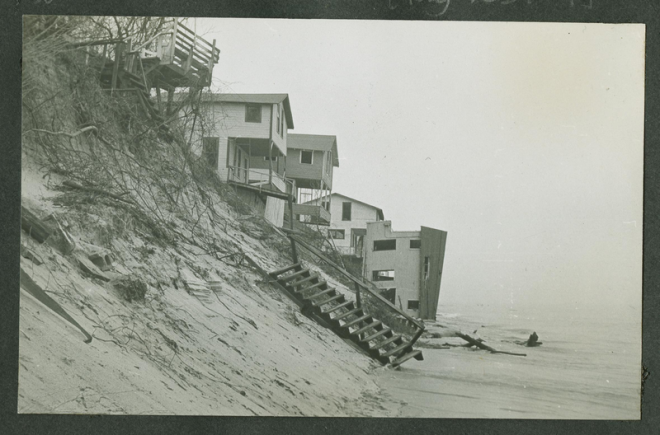 Beach erosion at Highland Park on Lake Michigan, 1952