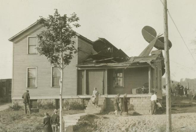 Plane crash in Grand Haven, 1931