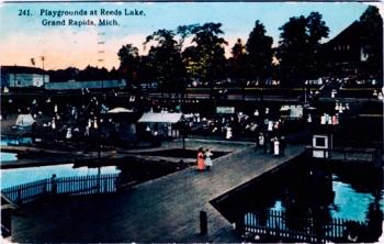 Postcard. Reeds Lake, 1915